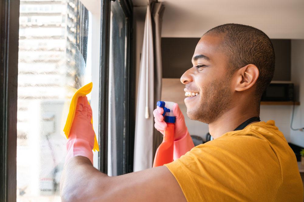 comment nettoyer grande baie vitrée